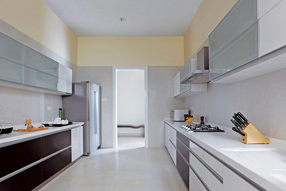 Kitchen - Crescent Bay